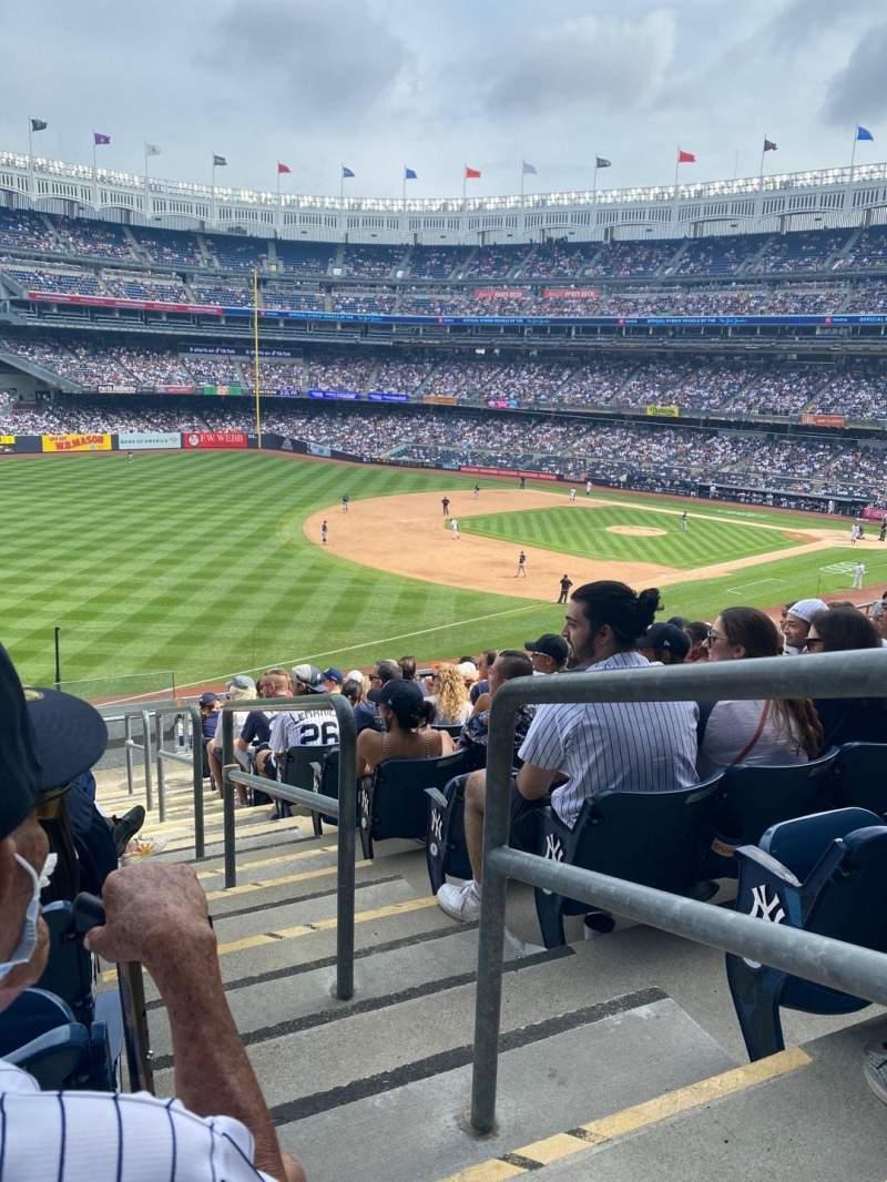 Vista sentada para Yankee Stadium Secção 229 Fila 12 Lugar 1