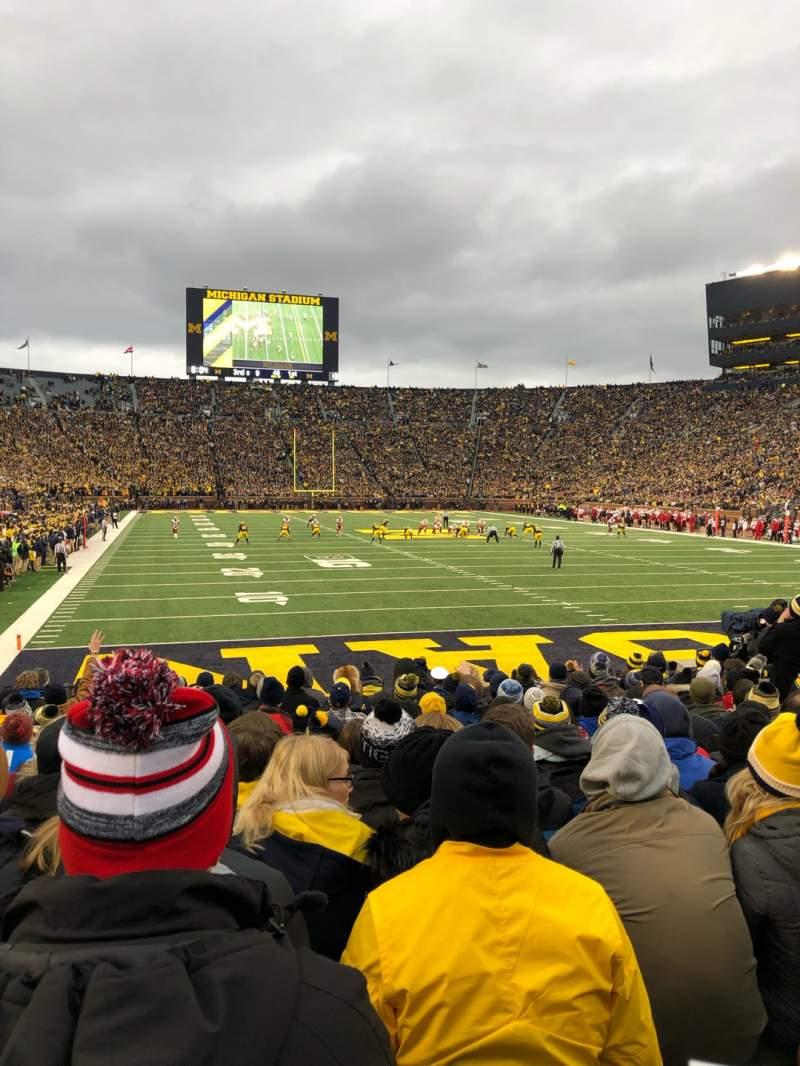 Vista sentada para Michigan Stadium Secção 13 Fila 11 Lugar 8