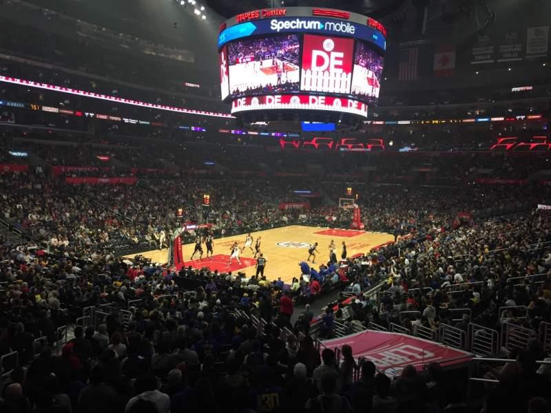 Vista sentada para Staples Center Secção 205 Fila 1 Lugar 5