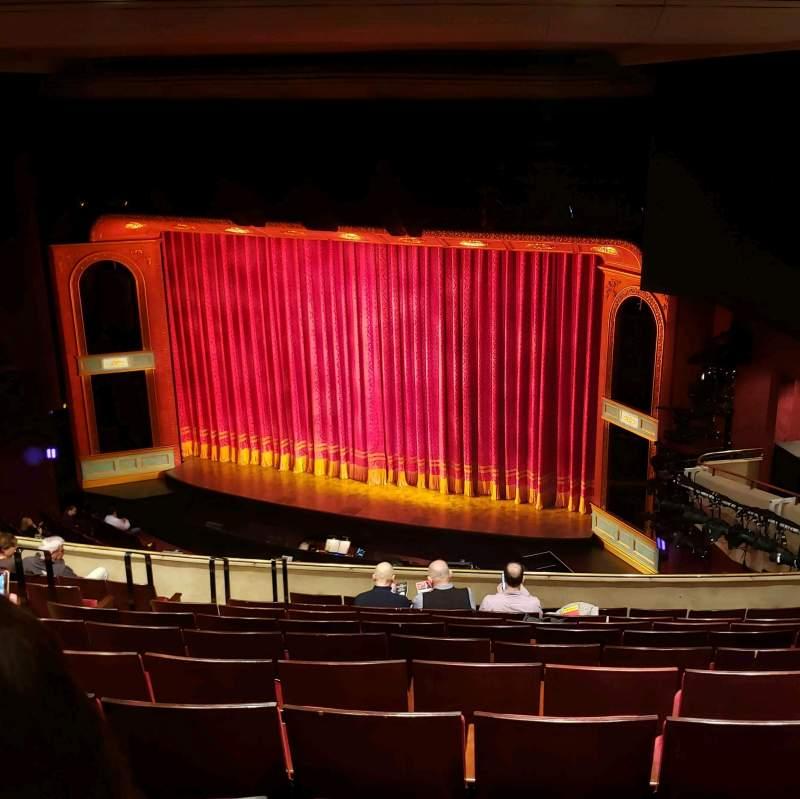 Vista sentada para Marquis Theatre Secção Mezzanine R Fila K Lugar 18