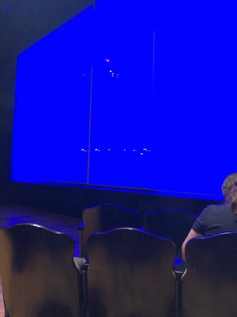 Vista sentada para Studio 54 Secção Orchestra R Fila C Lugar 6