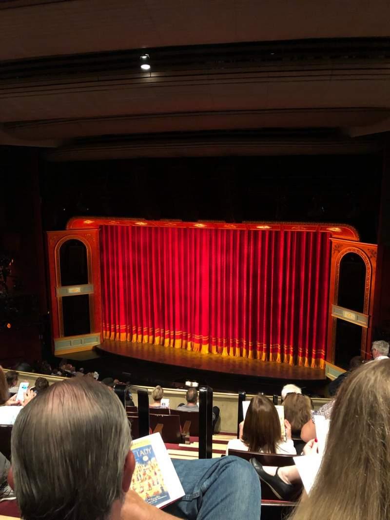 Vista sentada para Marquis Theatre Secção Mezzanine R Fila H Lugar 4