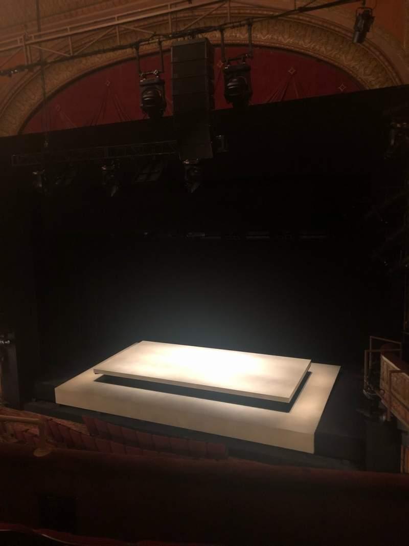 Vista sentada para Ethel Barrymore Theatre Secção Front Mezzanine R Fila D Lugar 10