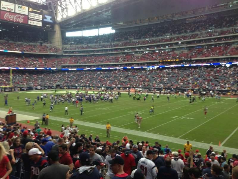 Vista sentada para NRG Stadium Secção 122 Fila T Lugar 16