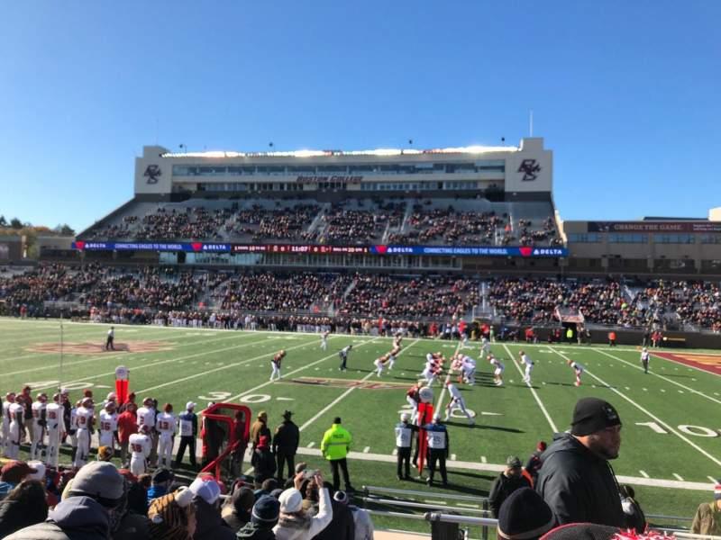 Vista sentada para Alumni Stadium Secção S Fila 16 Lugar 1