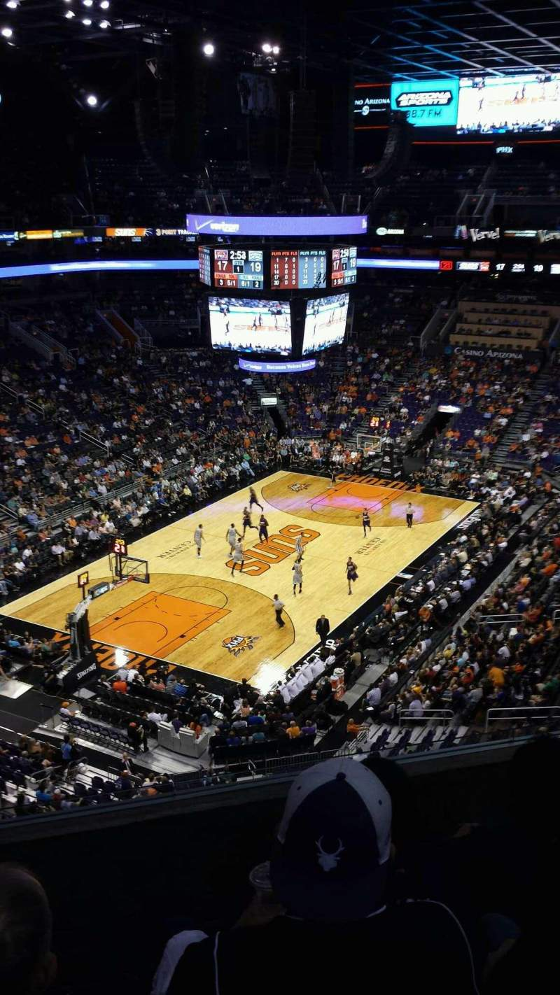 Vista sentada para PHX Arena Secção 208 Fila 5 Lugar 14