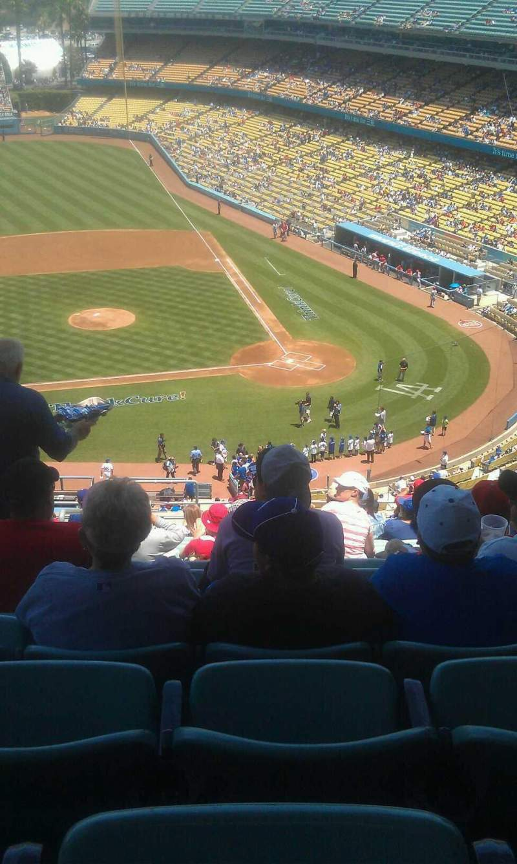Vista sentada para Dodger Stadium Secção 11rs Fila s Lugar 22