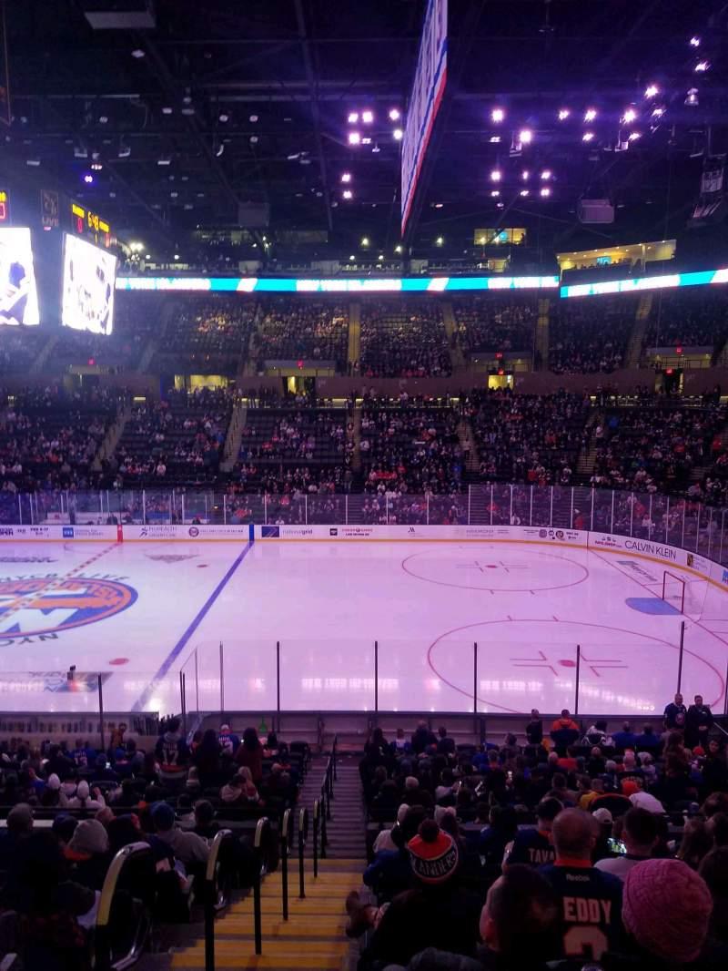 Vista sentada para Nassau Veterans Memorial Coliseum Secção 115 Fila 10 Lugar 1
