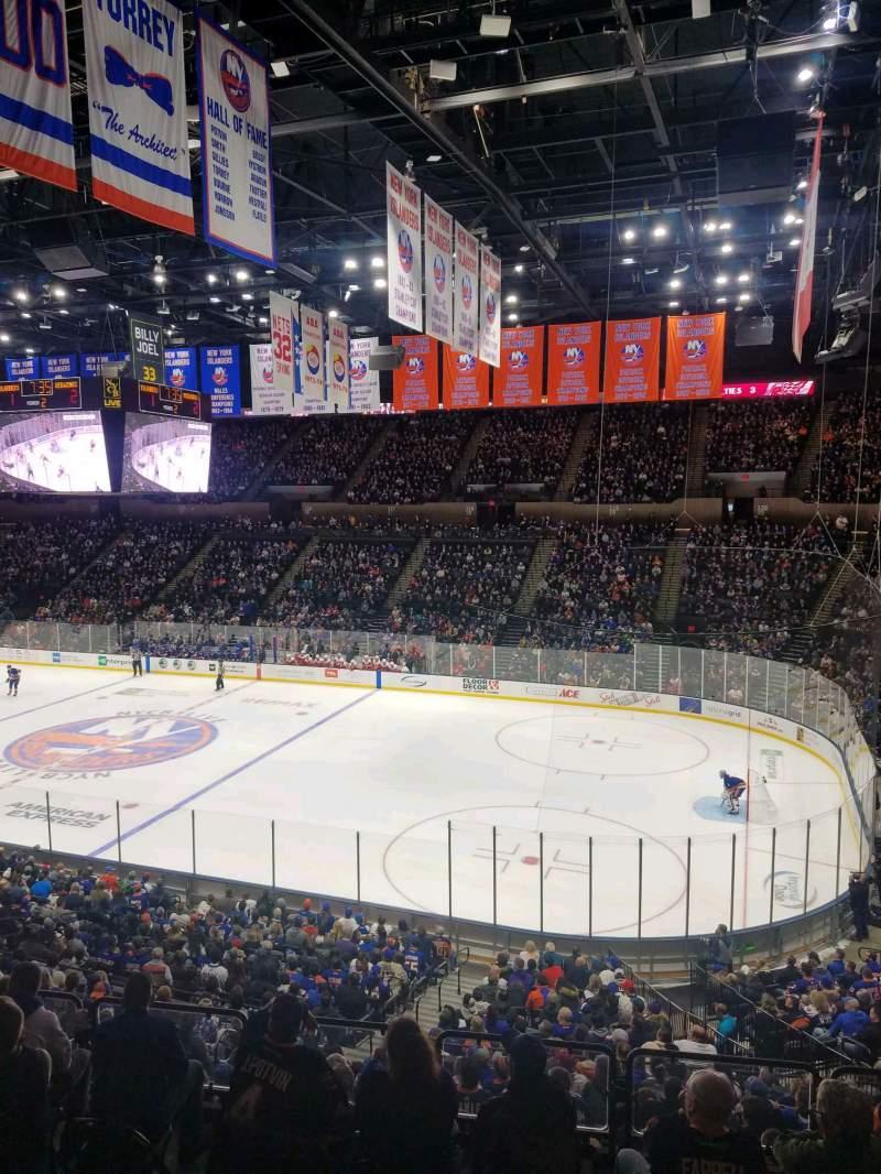 Vista sentada para Nassau Veterans Memorial Coliseum Secção 240 Fila 1 Lugar 1