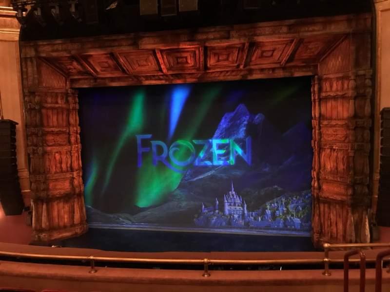 Vista sentada para St. James Theatre Secção Mezzanine C Fila E Lugar 102