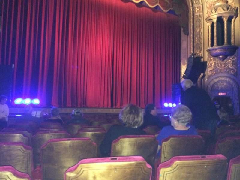 Vista sentada para Landmark Theatre (Syracuse) Secção ORCH LC Fila M Lugar 127