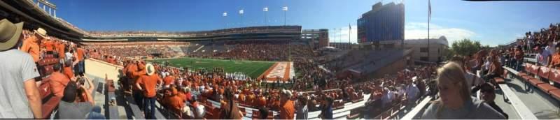 Vista sentada para Texas Memorial Stadium Secção 2 Fila 28 Lugar 1