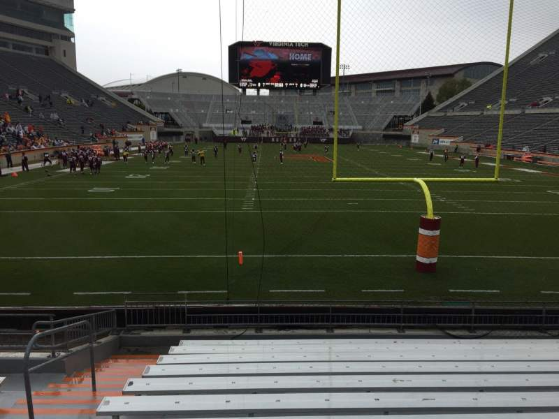 Vista sentada para Lane Stadium Secção 103 Fila M Lugar 27