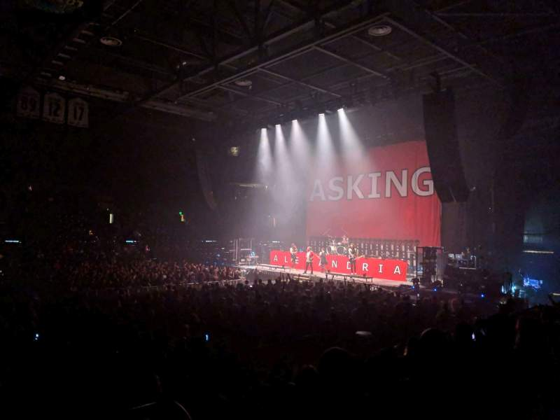 Vista sentada para Budweiser Events Center Secção F Fila 9 Lugar 1