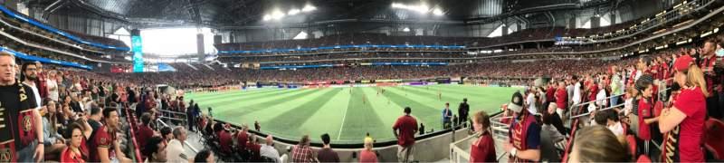 Vista sentada para Mercedes-Benz Stadium Secção 128 Fila 5 Lugar 8