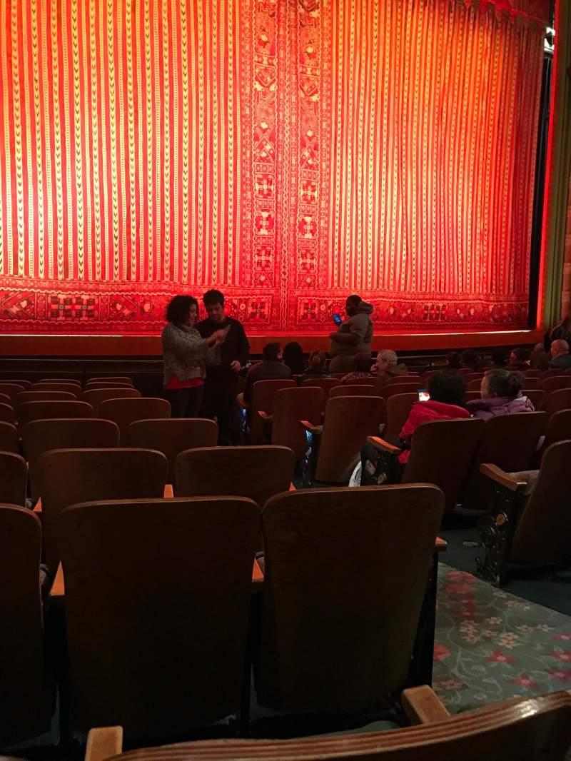 Vista sentada para New Amsterdam Theatre Secção Orchestra L Fila J Lugar 5