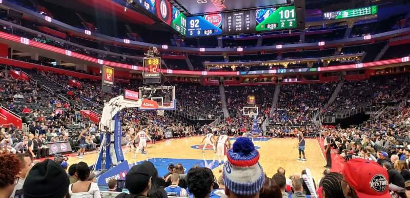 Vista sentada para Little Caesars Arena Secção 115 Fila F Lugar 1