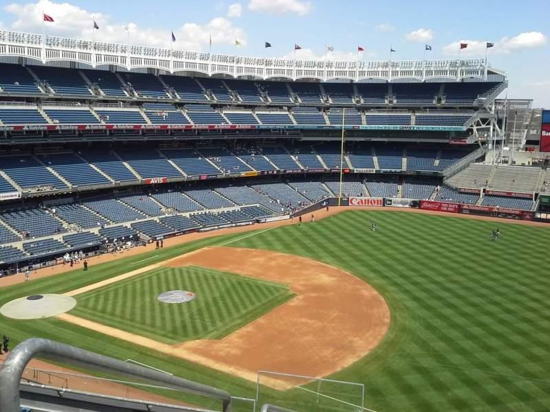 Vista sentada para Yankee Stadium Secção 324 Fila 7 Lugar 24