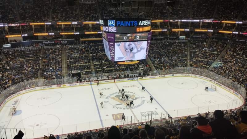 Vista sentada para PPG Paints Arena Secção 221 Fila L Lugar 7