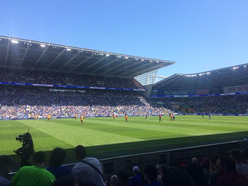 Vista sentada para Cardiff City Stadium Secção 207 Fila G Lugar 377