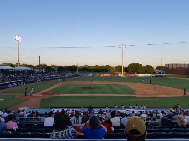 Vista sentada para Nelson W. Wolff Municipal Stadium Secção 208 Fila S Lugar 6