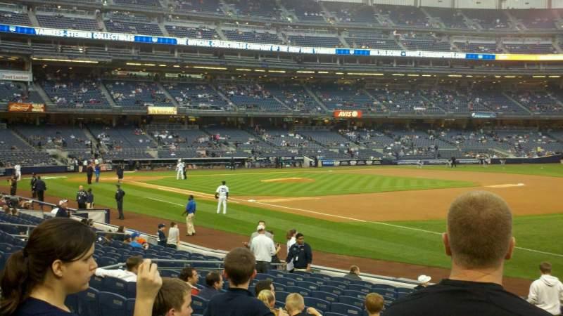 Vista sentada para Yankee Stadium Secção 112 Fila 16 Lugar 14