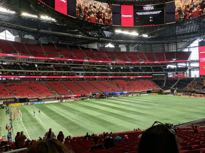 Vista sentada para Mercedes-Benz Stadium Secção 114 Fila 38 Lugar 24