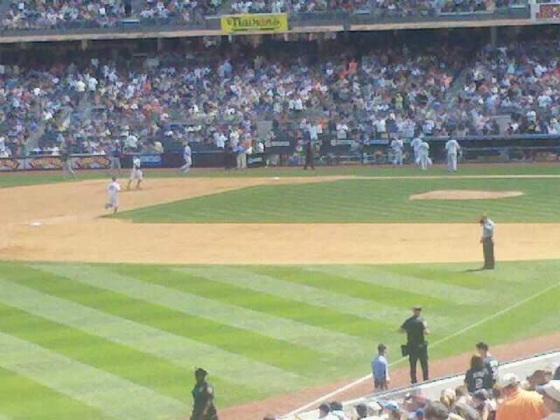 Vista sentada para Yankee Stadium Secção 128 Fila 1 Lugar 1