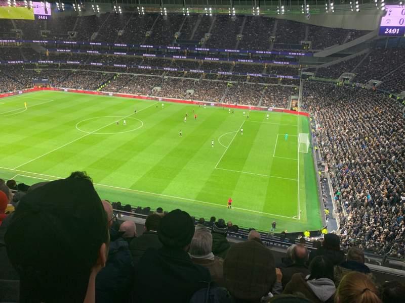 Vista sentada para Tottenham Hotspur Stadium Secção 501 Fila 12 Lugar 65