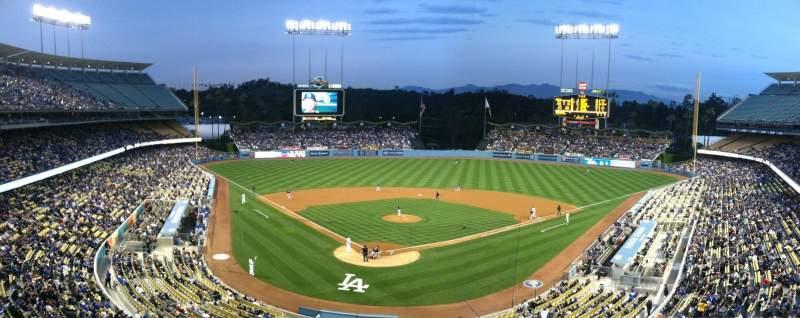 Vista sentada para Dodger Stadium Secção Vin Scully Press Box