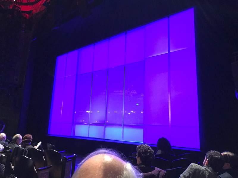 Vista sentada para Studio 54 Secção Orchestra R Fila F Lugar 6 And 8