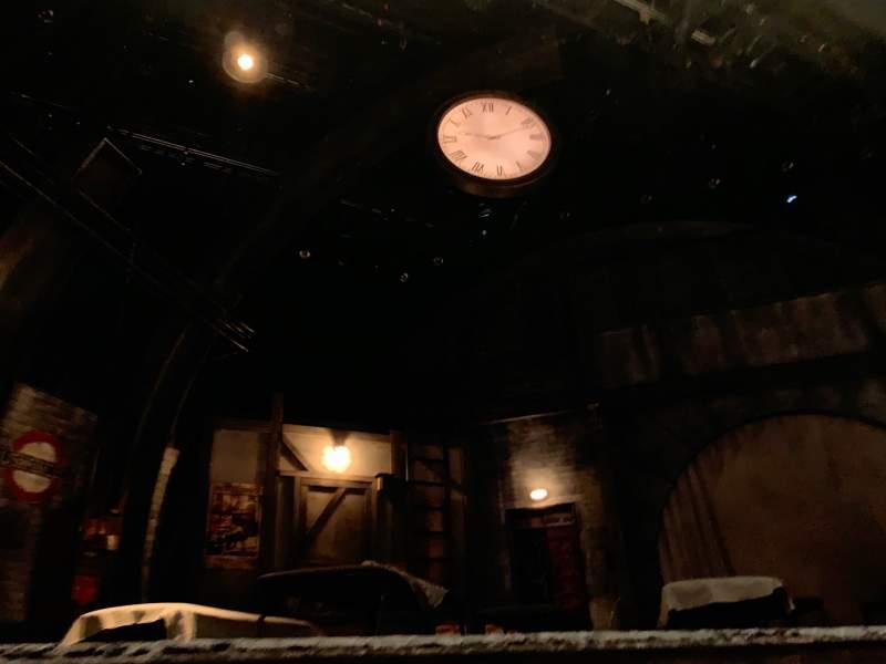 Vista sentada para The Newman Mills Theater Secção ORCC Fila B Lugar 7 And 8