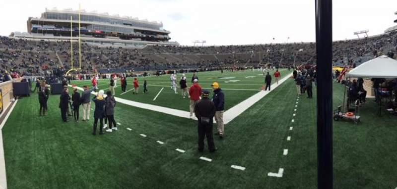 Vista sentada para Notre Dame Stadium Secção 16 Fila 3