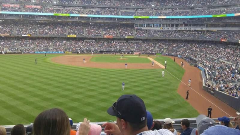 Vista sentada para Yankee Stadium Secção 234 Fila 8 Lugar 16
