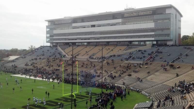 Vista sentada para Ross-Ade Stadium Secção 112 Fila 55 Lugar 12