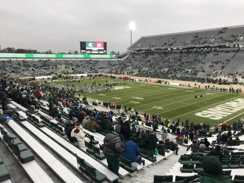 Vista sentada para Spartan Stadium Secção 19 Fila 49 Lugar 62