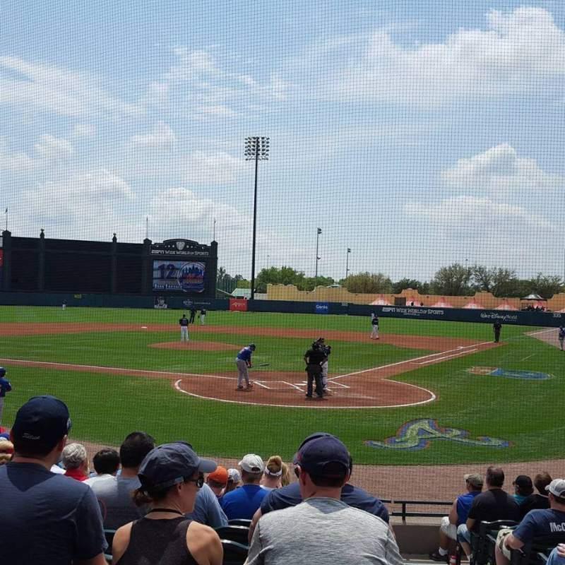 Vista sentada para Champion Stadium Secção 114 Fila M Lugar 1-2