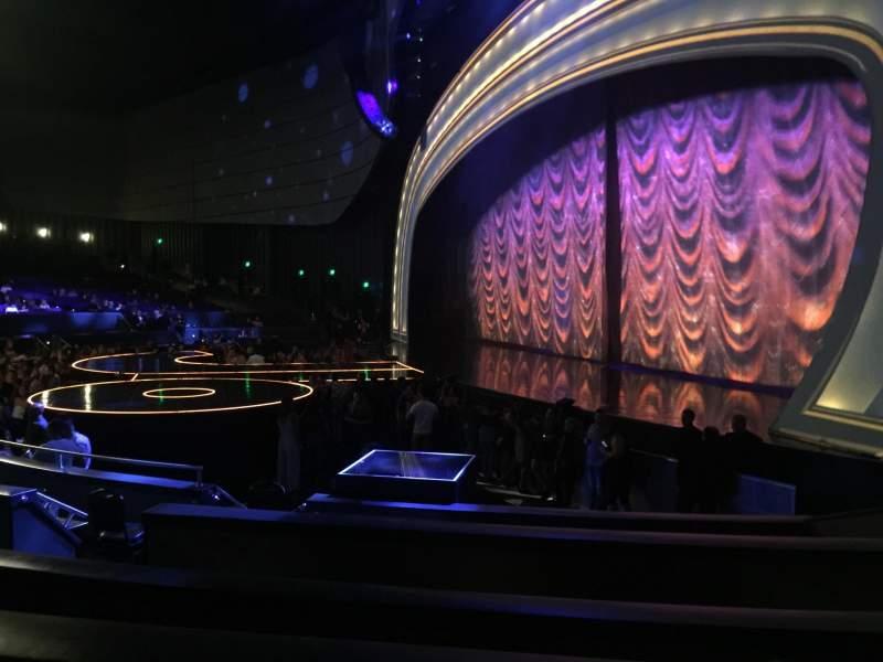 Vista sentada para Zappos Theater Secção 101 Fila B Lugar 3-4