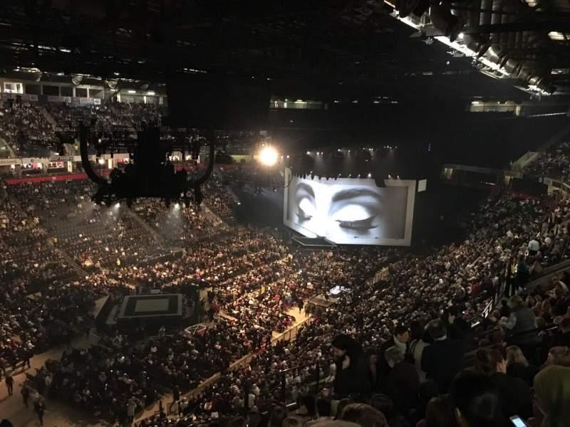 Vista sentada para Manchester Arena Secção 211 Fila M Lugar 20