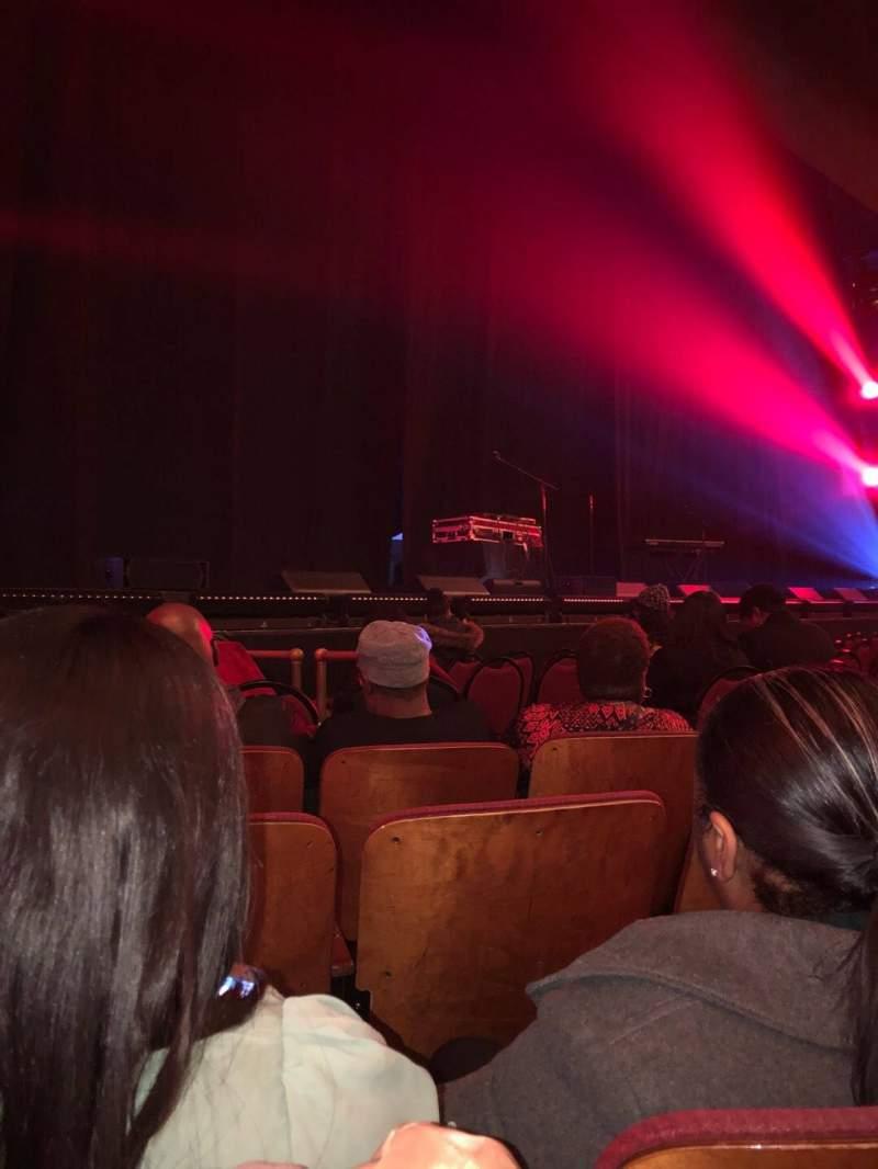 Vista sentada para Chicago Theatre Secção MNFL3L Fila DD  Lugar 311