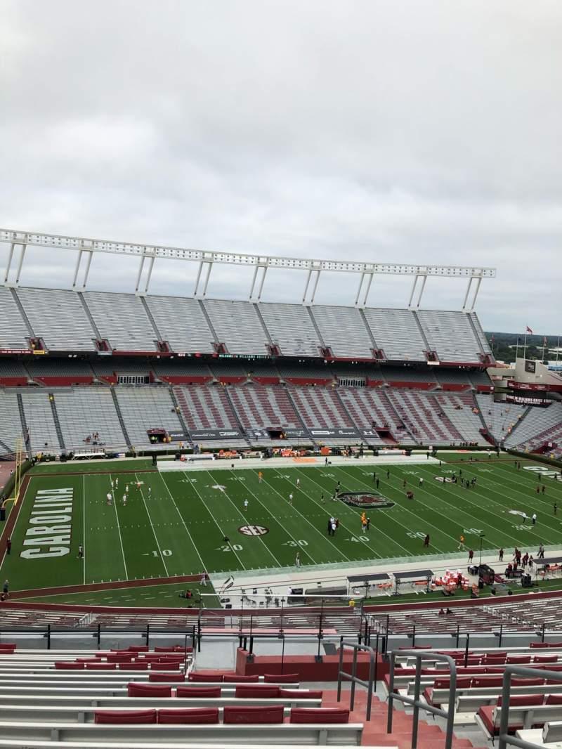 Vista sentada para Williams-Brice Stadium Secção 302 Fila 20 Lugar 1