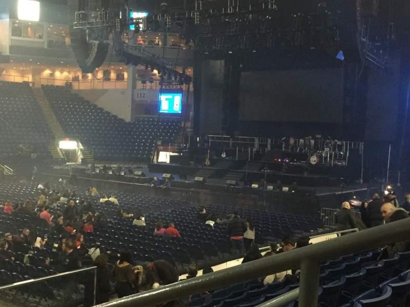 Vista sentada para Webster Bank Arena Secção 104 Fila G Lugar 1
