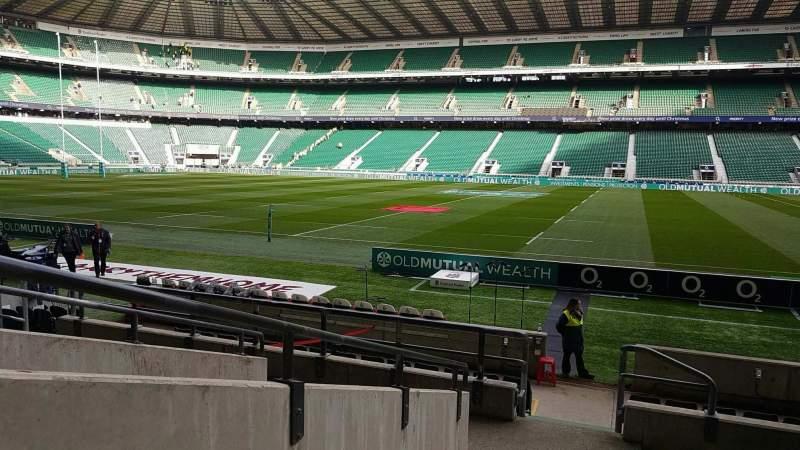 Vista sentada para Twickenham Stadium Secção L5 Fila 14 Lugar 222