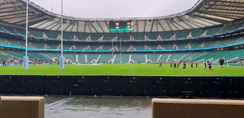 Vista sentada para Twickenham Stadium Secção L14 Fila 2 Lugar 103