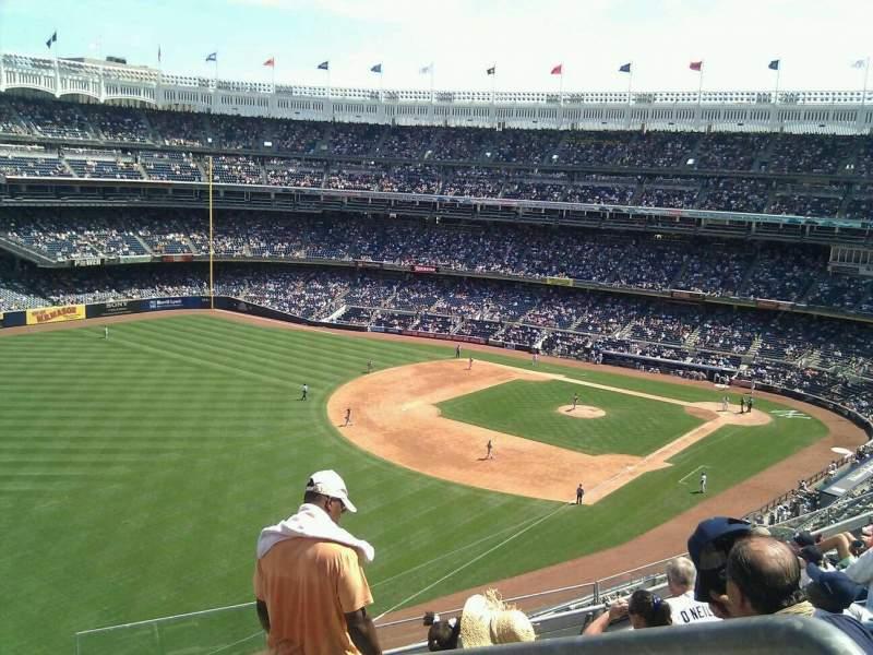 Vista sentada para Yankee Stadium Secção 331 Fila 7 Lugar 1