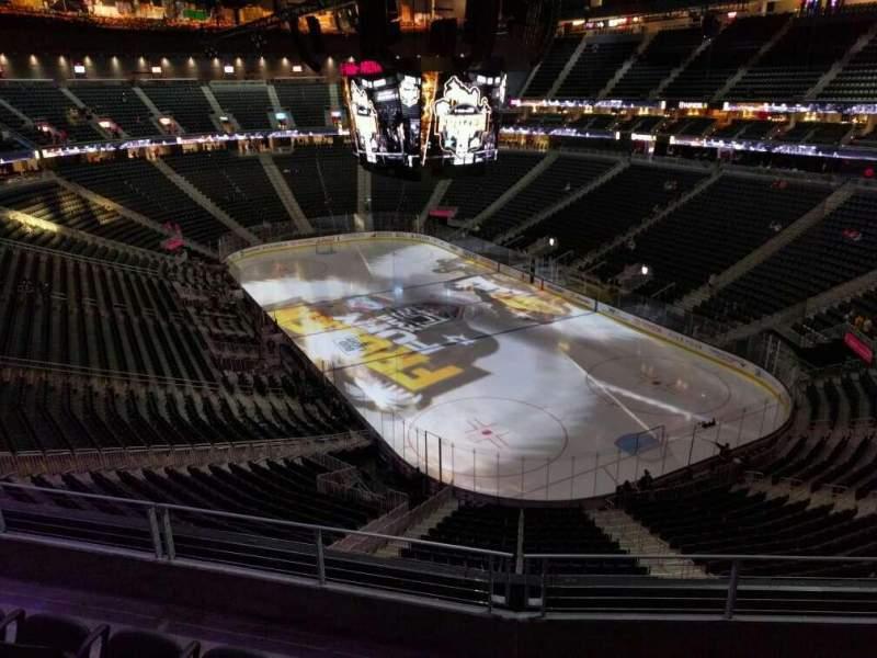 Vista sentada para T-Mobile Arena Secção 211 Fila d Lugar 8