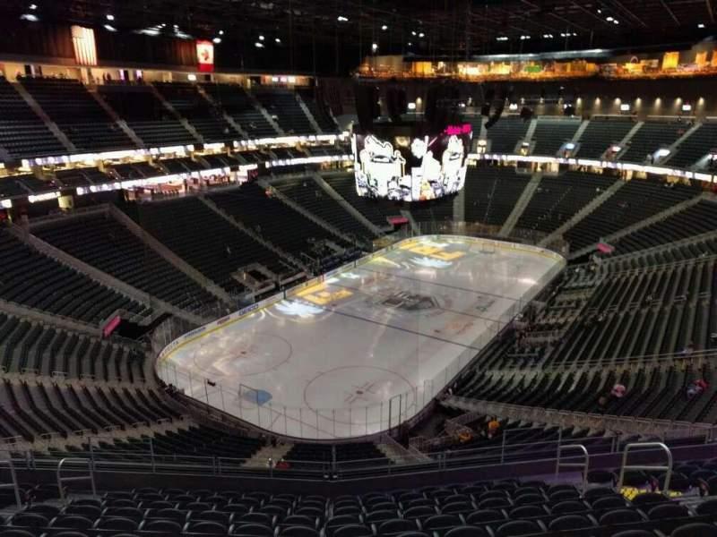 Vista sentada para T-Mobile Arena Secção 217 Fila l Lugar 10