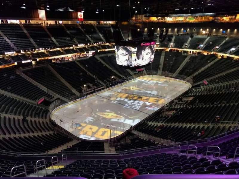 Vista sentada para T-Mobile Arena Secção 218 Fila wc