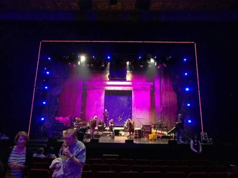 Vista sentada para Hollywood Pantages Theatre Secção orchestra c Fila j Lugar 106