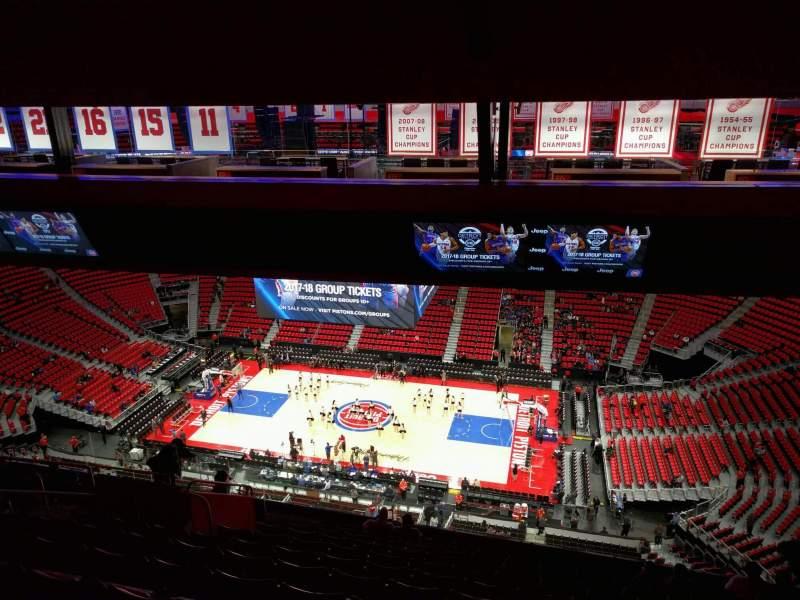 Vista sentada para Little Caesars Arena Secção 225 Fila 12 Lugar 10